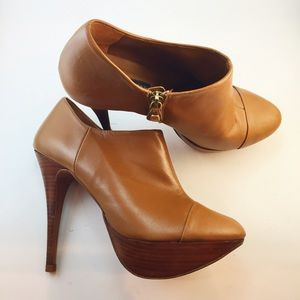 Zara camel heeled ankle booties with zipper