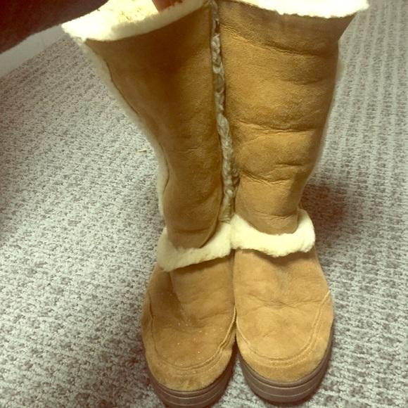 23ce58f2ea7 Ugg Sundance Boots