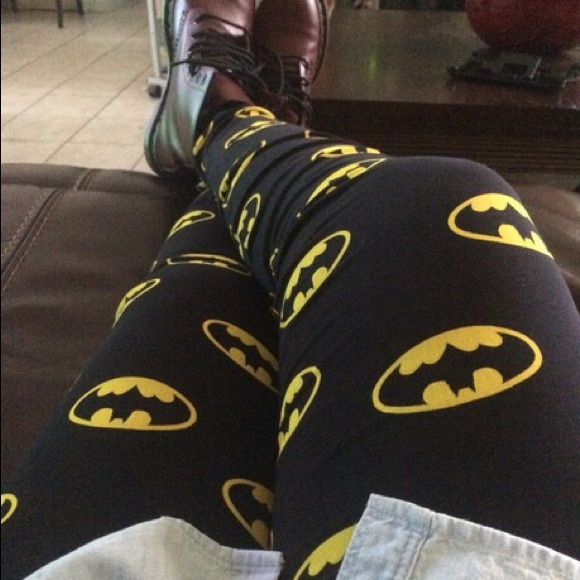 206619af9 H M Pants - Batman Leggings
