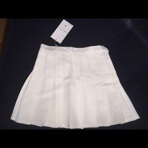 White school girl skirt, brand new never warn
