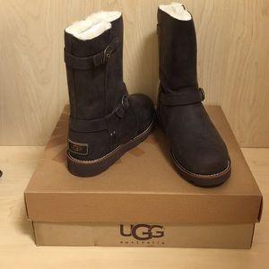 c19133dfa6b UGG Australia Noira Brownstone Boots Size 8