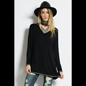  ONE LEFT  Super soft oversized tunic - Black