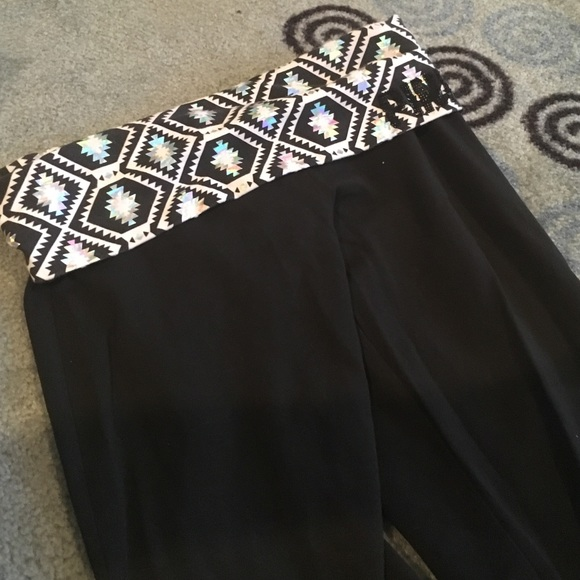 9b3b09334ae3bf PINK Victoria's Secret Pants | Vs Yoga Short Length | Poshmark