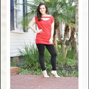 Tops - Coral knit top