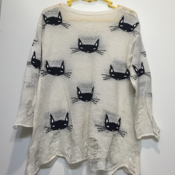 Wildfox Sweaters - WILDFOX CAT DISTRESSED SWEATER