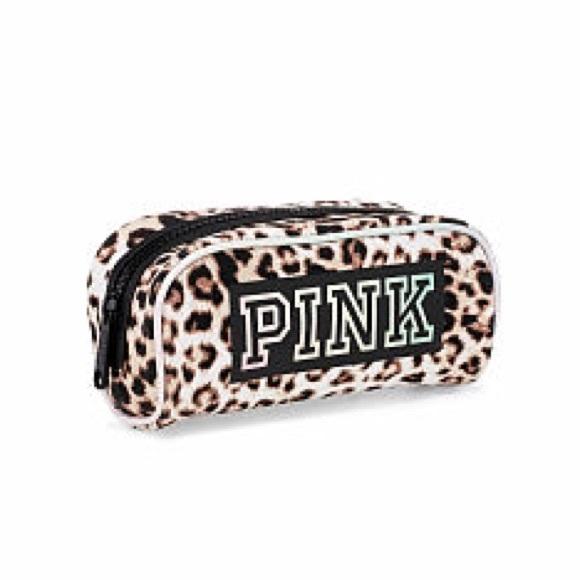 6025123127016 NWT Victoria's Secret PINK leopard makeup bag NWT