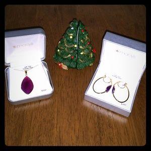 Purple Onyx Pendant Necklace/Pierced Earring set