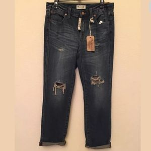 Madewell Boyfriend Torn-Up Edition Jeans. Size 27