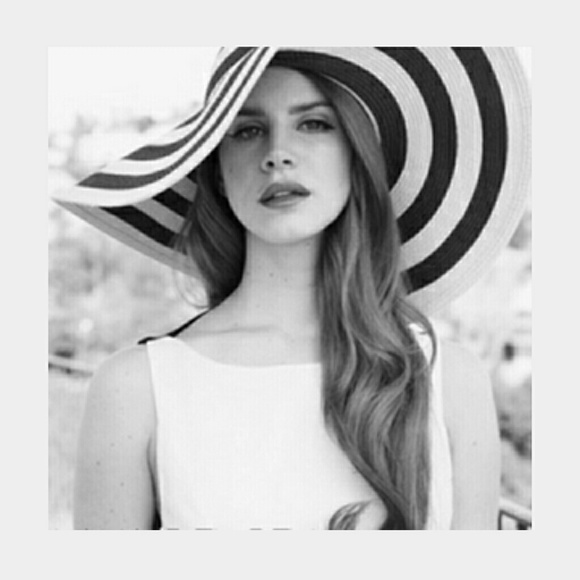 c9da3bf37 Lana del rey style Floppy hat Retro Glam in black