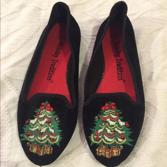 low priced d9451 cf7a2 Ugly Christmas shoes. M 56591cb68f0fc452120063e3