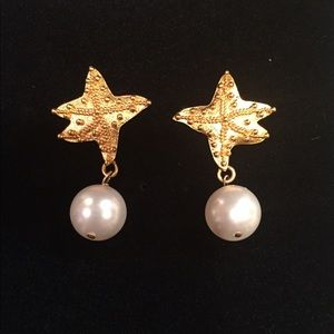 Gold vermeil and pearl earrings