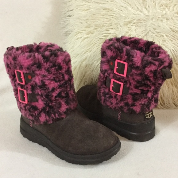brown and pink uggs