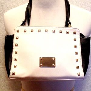 Handbags - HP ❤️Studded Black and White Clutch/Bag
