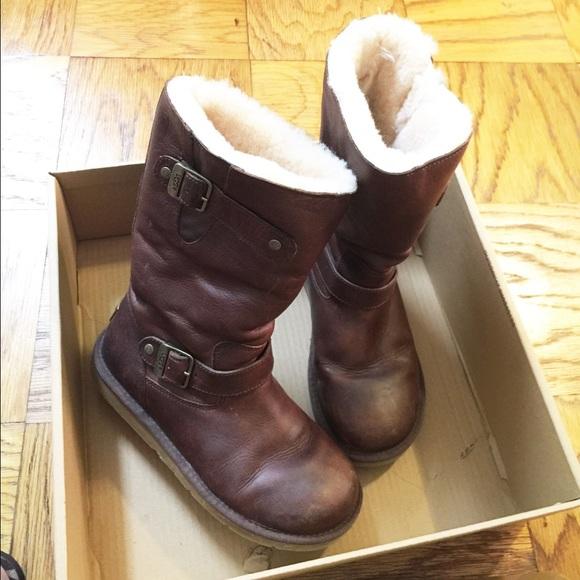 cea35eea0d7 UGG Kensington leather boots size 8
