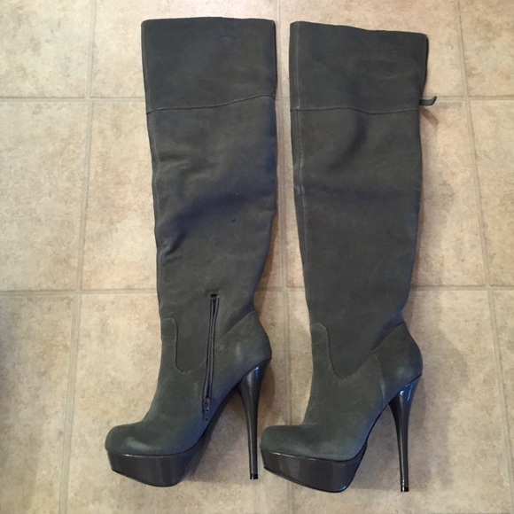 Steve Madden Calgary grey suede over the knee boot