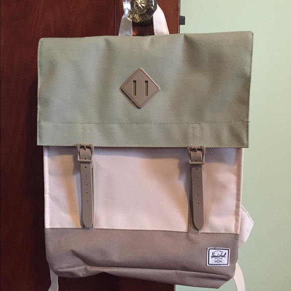 I am selling a Hershel City backpack. Never used.
