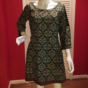 Green print shift dress