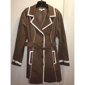 ⚡️Sale⚡️BRAND NEW GORGEOUS TRENCH COAT