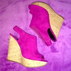 Shoes - NWOT Suede Wedges