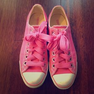 Converse Shoes - Pink Converse