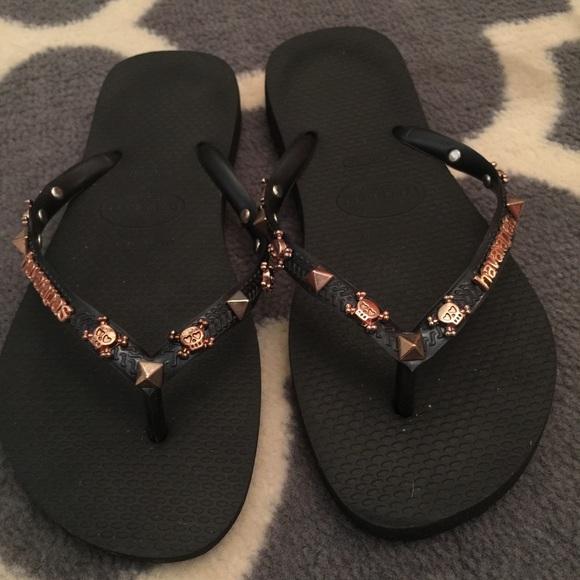 b284375091cef Havaianas Shoes - 100% Authentic Havaianas Skull Flip Flops