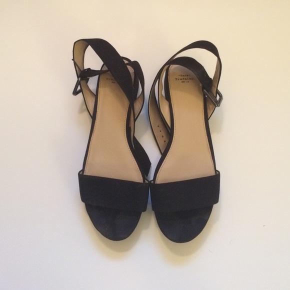 add435fd150b Zara Trafaluc platform sandals. M 565a0ff8f739bc167d002e07