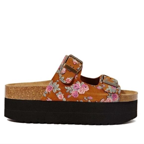 b4aa00fd95db Jeffrey Campbell Shoes - LAST CHANCE Jeffrey Campbell  Aurelia  sandals