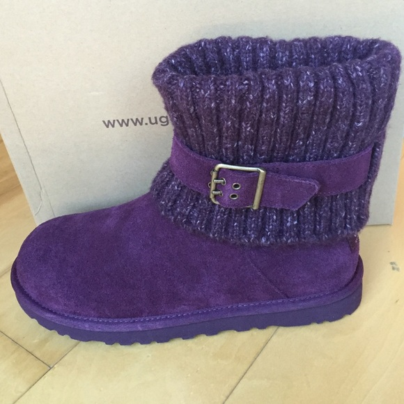 4d437279918 Gorgeous UGG Cambridge Boots in Plum NWT