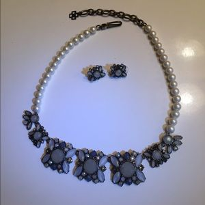 Ann Taylor loft blue flower necklace & earrings