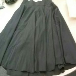 High-waist black skirt
