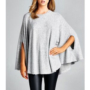 "LOWEST ""Beyond the Stars"" Loose Cape Poncho Top"