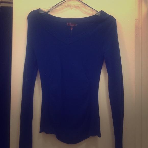 60% off Kohls Sweaters - Kohls long sleeve blue sweater from ...