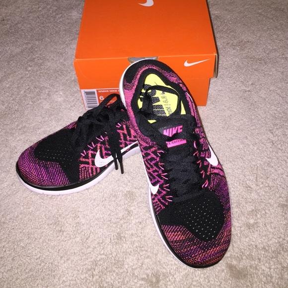 Nike Free 4.0 Flyknit sz 6 women's pink/black NEW