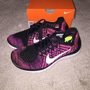 Nike Free 4.0 Flyknit Noir Rose