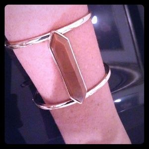 🌸HOST PICK🌸 Cool cuff bracelet