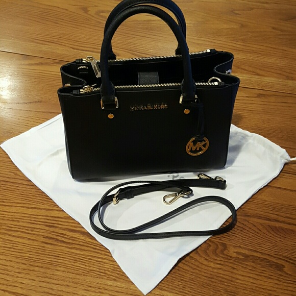 8e7e255de43d Michael Kors Black medium bag. M 565b06c26d64bc2391027d67