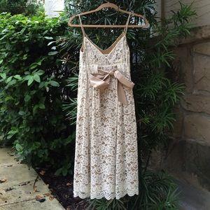 Diane vonFurstenberg Lace Dress Size 0