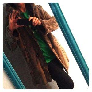 Winter Coat: mid thigh length