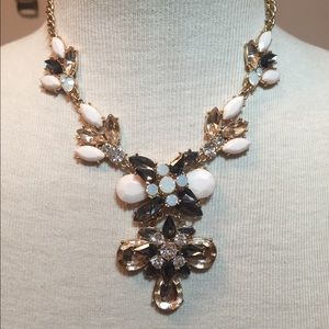Statement necklace SALE