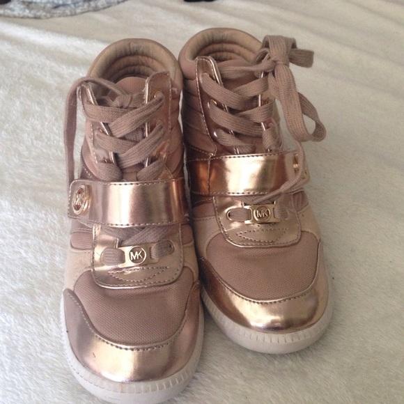 59% off banera Shoes - HOST PICK!! ⭐ Gold sequin tennis shoes ...