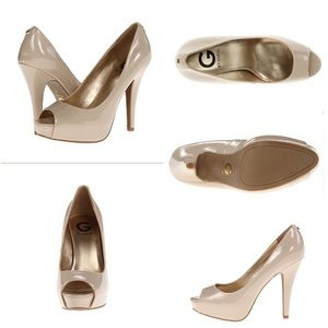 New without tag G by Guess nude pump size 6 .