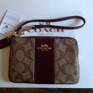 Coach Color Block Signature leather Wristlet