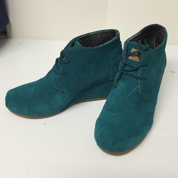 9242d6dc881 TOMS teal suede wedge booties size 6. New. M 565b610c47da81b51002c8e4