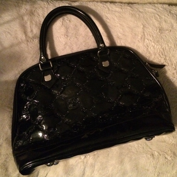 614f24a9ceb9 Hello Kitty Handbags - Hello Kitty Black Patent leather bag
