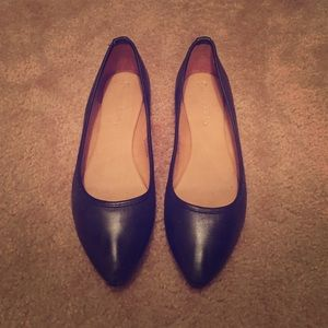 Worn once! Perfect flats!!