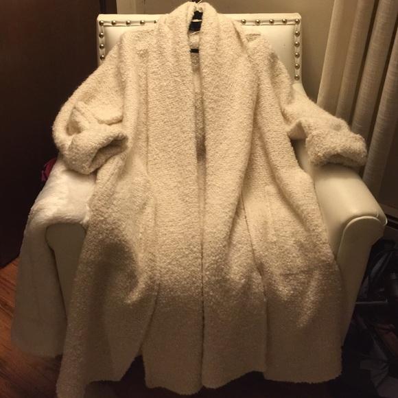 76% off Zara Jackets &amp Blazers - Gorgeous winter white sweater