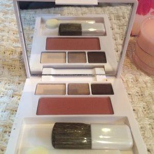 Clinique Makeup - Clinique Cosmetic Bag