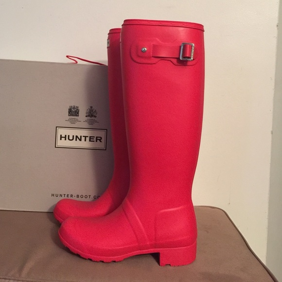 34% off Hunter Boots Shoes - Hunter Boots in Bright Coral ...
