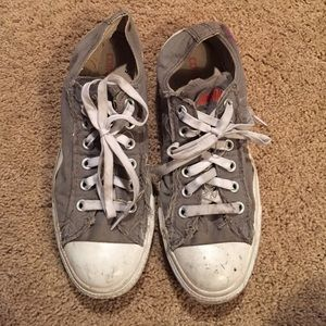 Converse Shoes Size 6.5