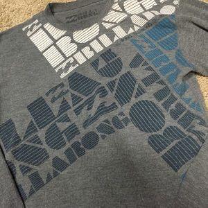 Billabong men's small thermal gray screened shirt!